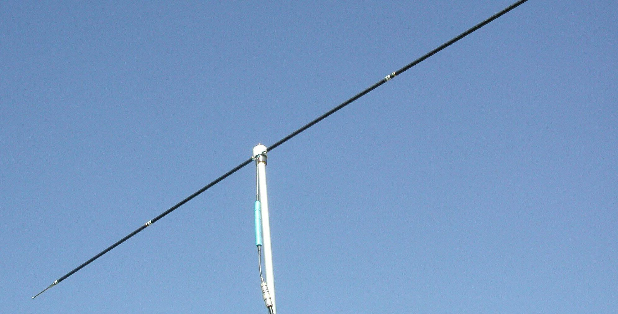 Gain15 dipole-antenna-e1542166259390